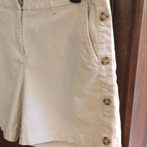 Last chance! J Jill. Shorts with button detail. 8
